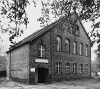 BAR-Ebersw-Naumannstr3c-Schule-1_1996.jpg