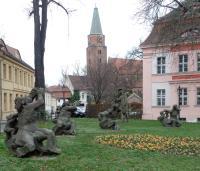 BRB-St-Petri-Domlinden-barocke-Brunnenfiguren1-MC-2015.jpg