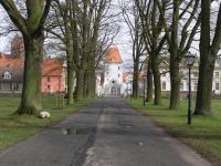 OHV-Liebenb-GutsSchlossAllee-USchw-2005.jpg